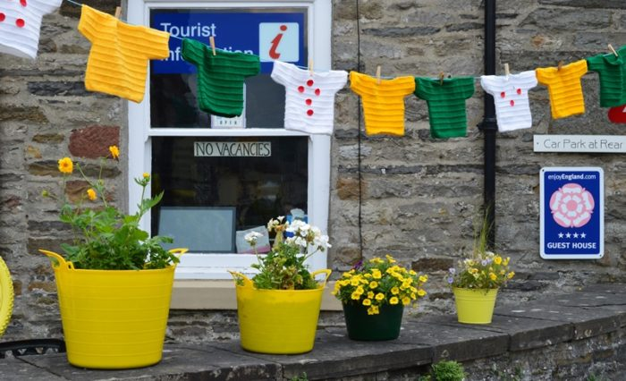 Leyburn guest house with TDF jerseys bunting